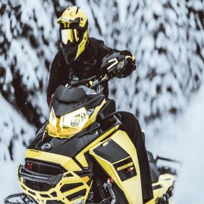 Ski-Doo Renegade snöskoter